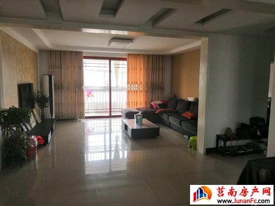 裕隆嘉园(黄海路) 5室3厅 180.6平米 精装修 105万元